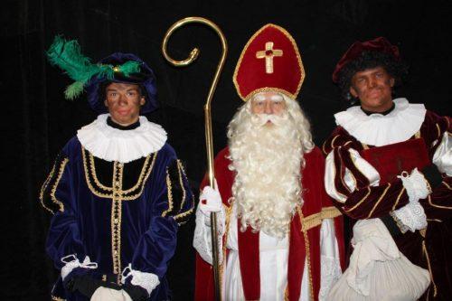 Sint en twee Pieten